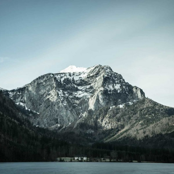 mountain-view-across-lake